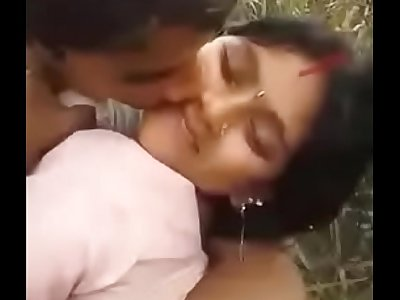 Desi Cute Bhabhi outdoor poking
